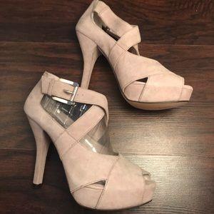 Michael Khors Grey Suede open toe chucky heels